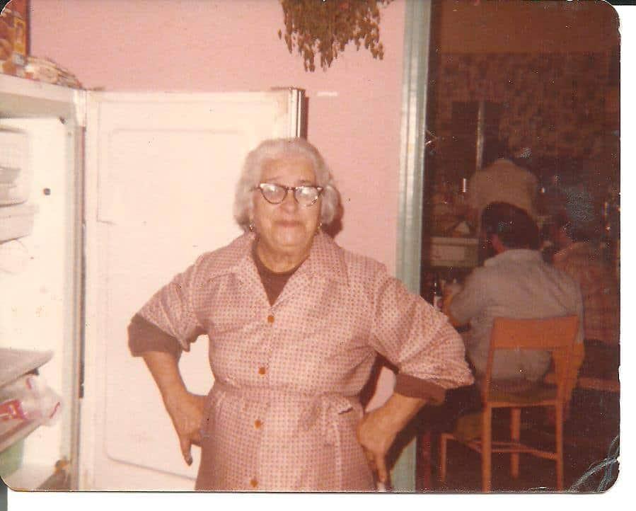 Abuelita Sarita, La Fe