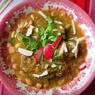 Carne en su Jugo~Braised Beef in a Tomatillo Broth