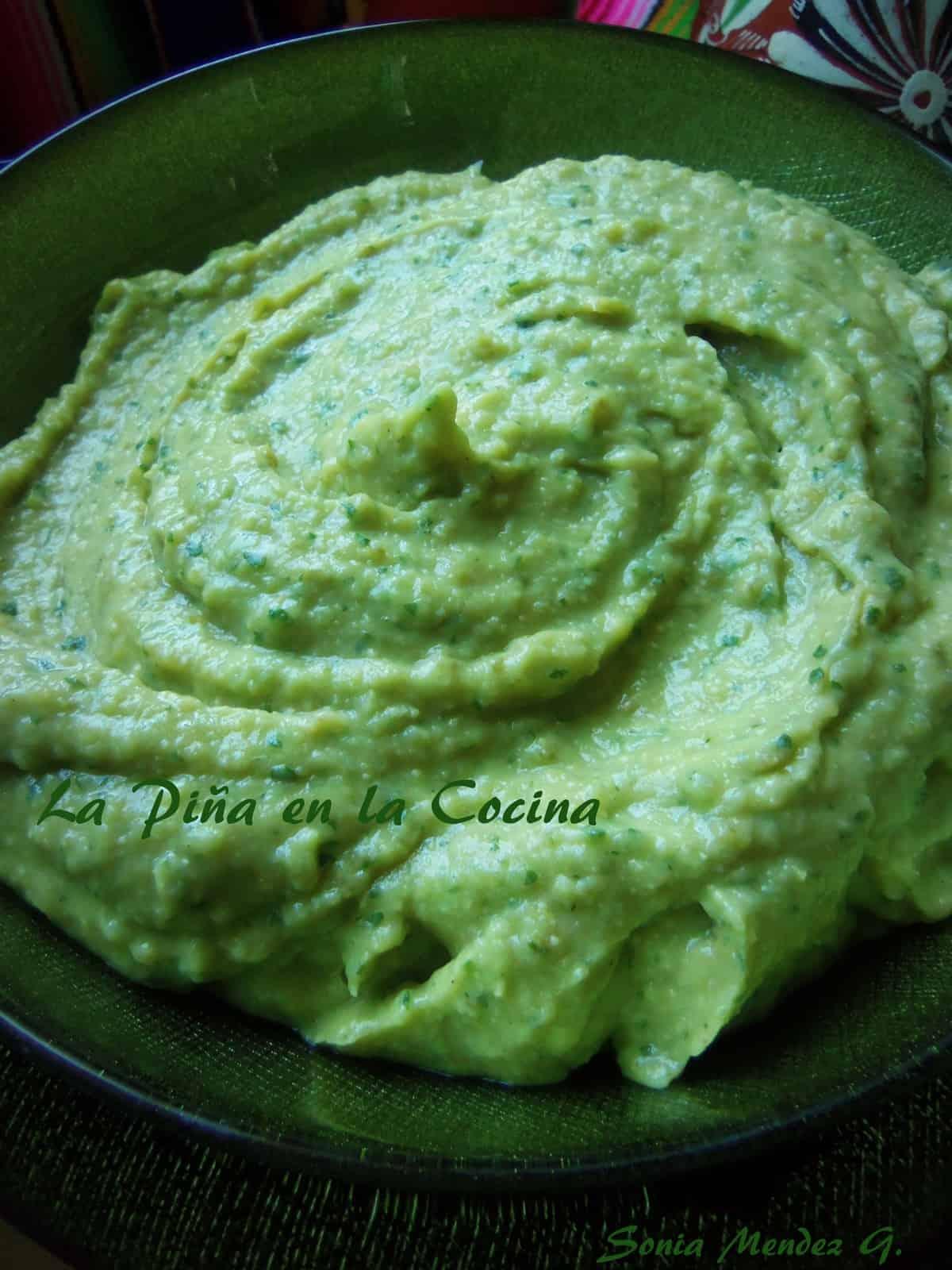 Quick and Easy Avocado Hummus