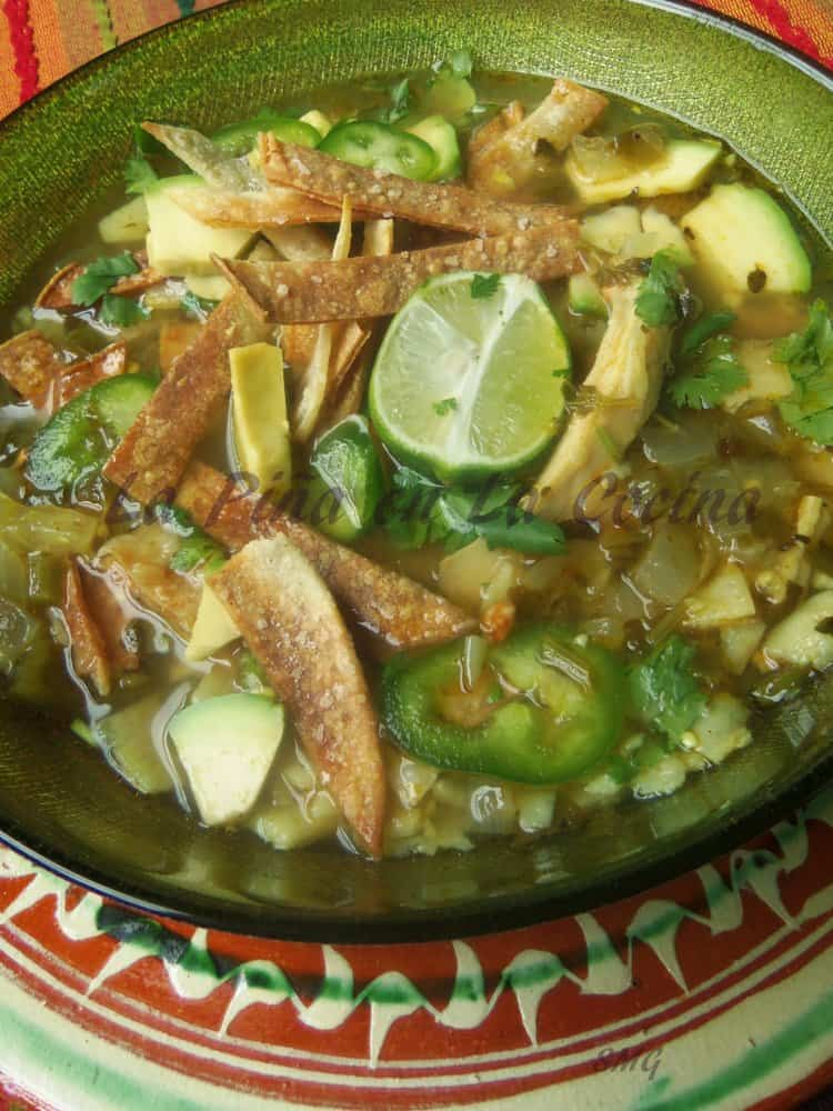 Tomatillo Poblano Chicken Tortilla Soup #chickentortillasoup #texmex  #souprecipes