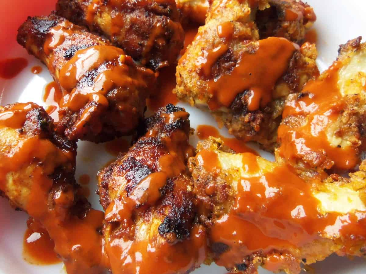Saucy and Crispy Wings