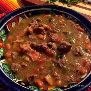 Carne en Su Jugo. Beef in a Tomatillo Broth