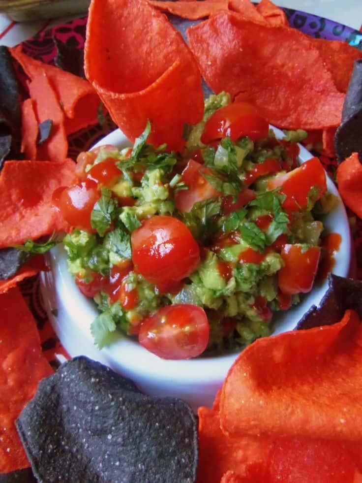 Spicy Garlic Guacamole with Sriracha