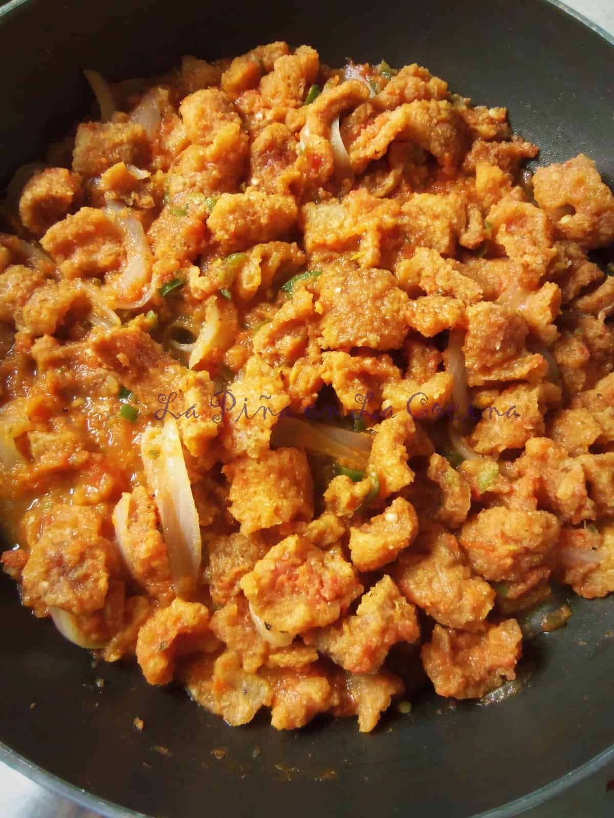 Chicharrones en Salsa