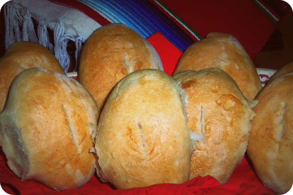 Bolillos, Pan Blanco, Pan Frances and Birotes are just a few of the most common names used to describe the mexican bread.