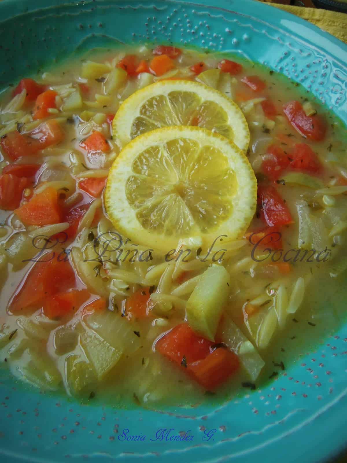 Sopa de Orzo y Limon