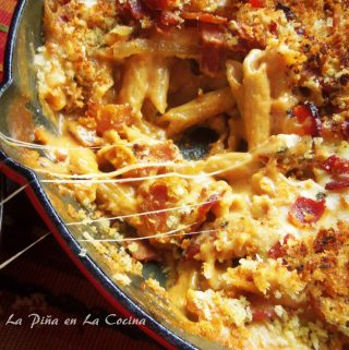 Iron Skillet Bacon Chipotle Mac n Cheese
