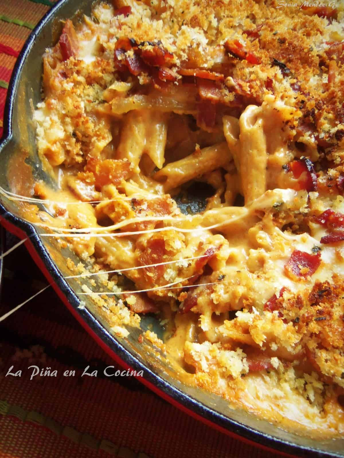 Cast Iron Skillet Bacon Chipotle Mac n Cheese