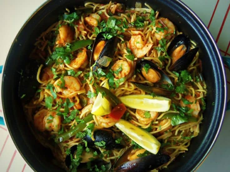 Fideo with Shrimp and Mussels