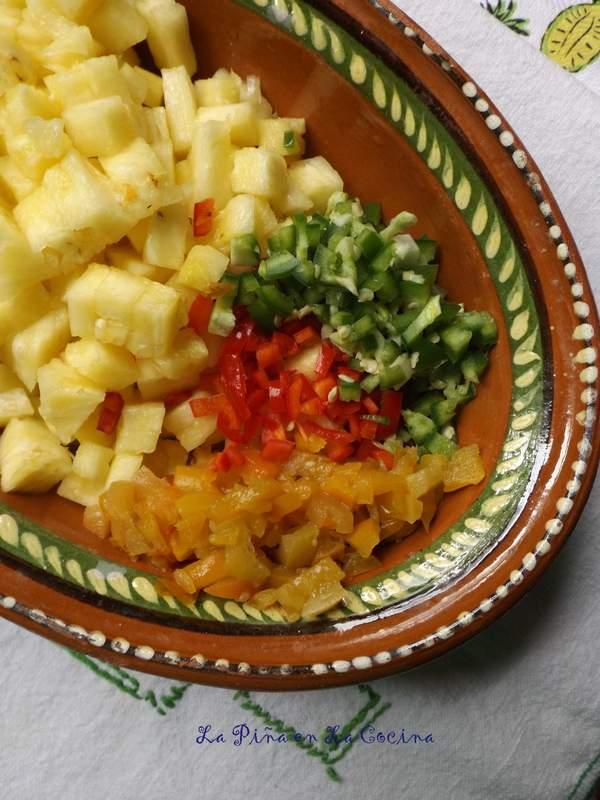 Salsa De Piña con Chile de Manzano