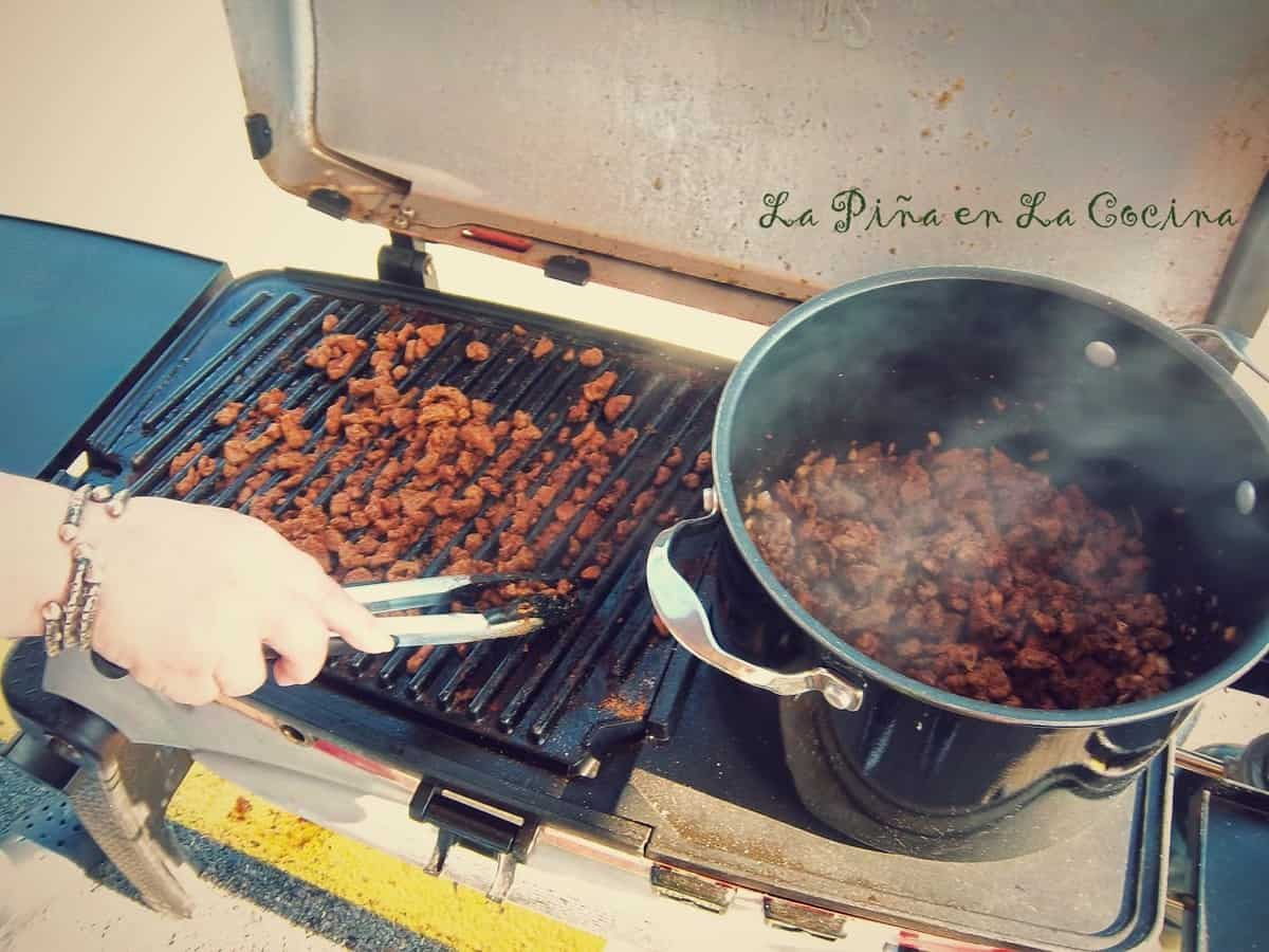 Preparing Competition Beef Chili
