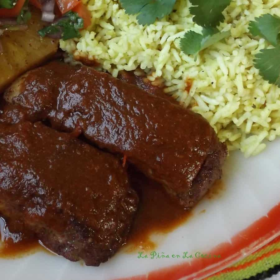 Costillas de Puerco en Salsa de Chile Ancho-Pork Country Ribs