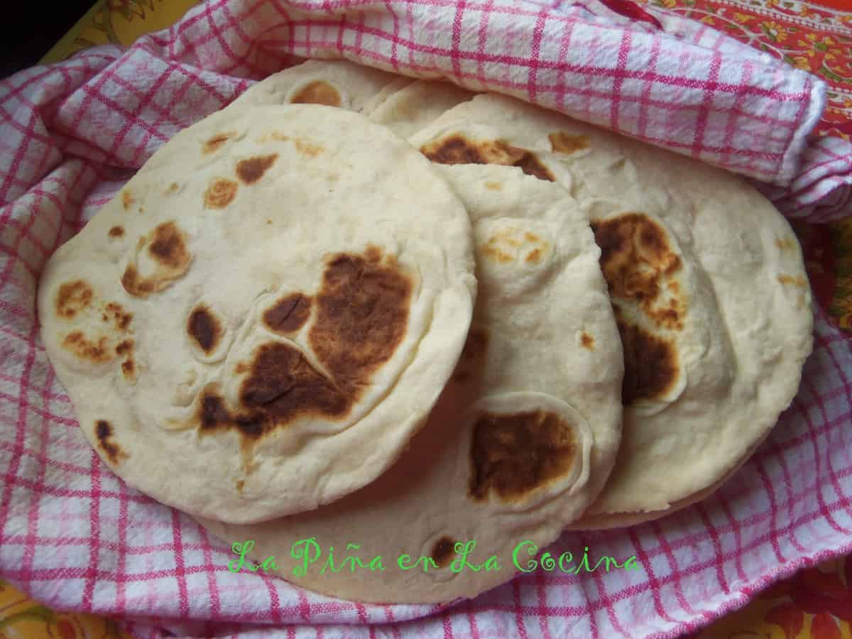 These thick homemade flour tortillas reminded me of the texmex style gorditas from the local chain restaurant. Lol!