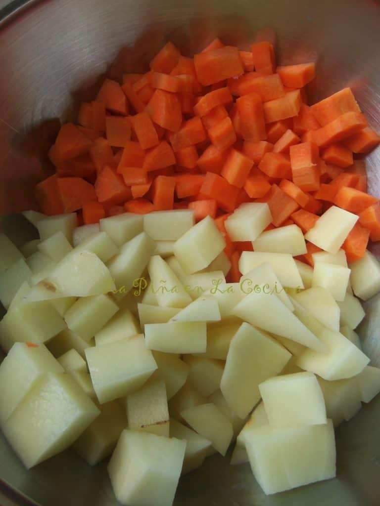 Ensalada de Pollo, Potatoes and Carrots