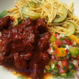 Carne Con Chile Rojo (Beef and Red Chile)