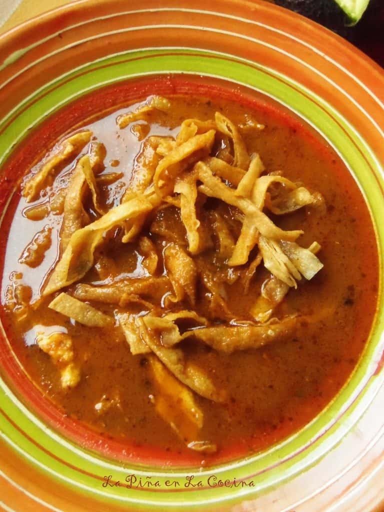 Sopa Azteca=Sopa de Tortilla