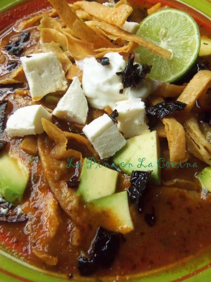 Sopa Azteca-Sopa de Tortilla(Tortilla Soup) close up