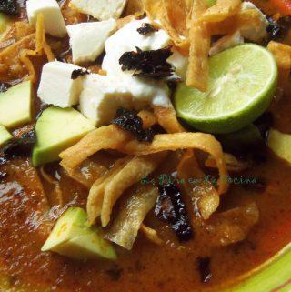Sopa Azteca~ Sopa de Tortilla (Tortilla Soup)