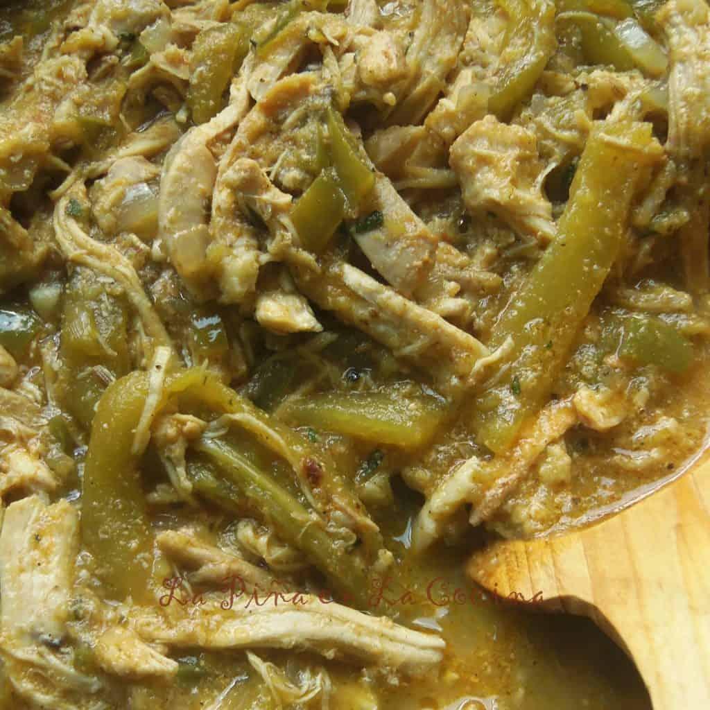Chicken Chile Verde (Pollo Con Chile Verde) | La Piña en la Cocina