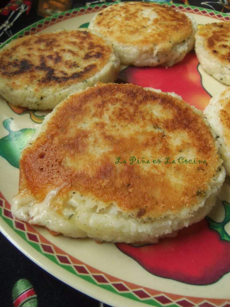 Cheese Arepas-Prepared with Fresh Hominy(Maiz Blanco)