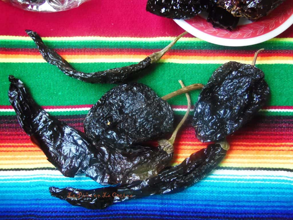 Oaxacan-Style Mole Sauce~Chile Mulata and Chile Pasilla