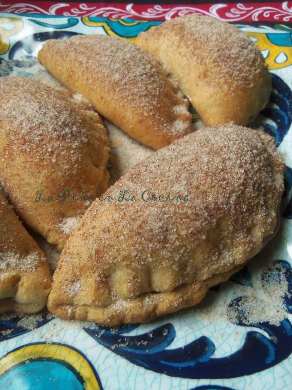Empanadas de Piña-Pineapple Empanadas