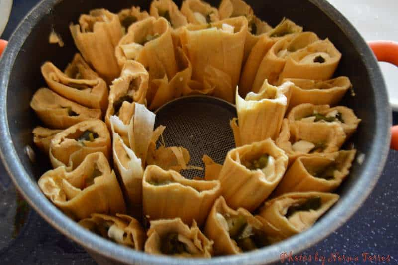 Tamales de Rajas con Queso(Green Chile and Cheese Tamal)