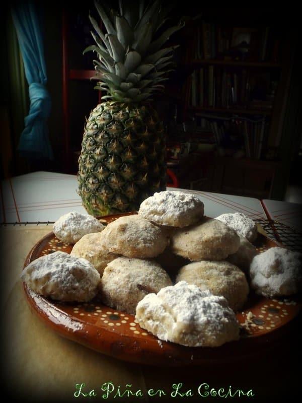 Polvorones-Mexican Wedding Cookies
