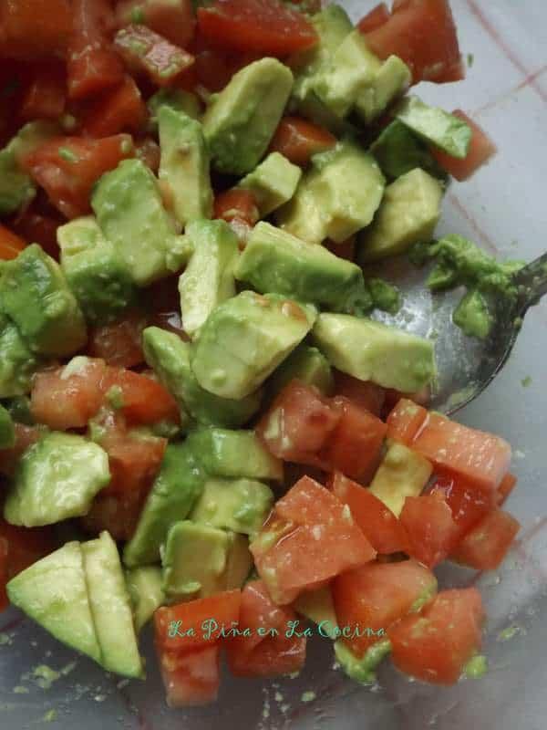 Chunky Avocado Tomato Garnish