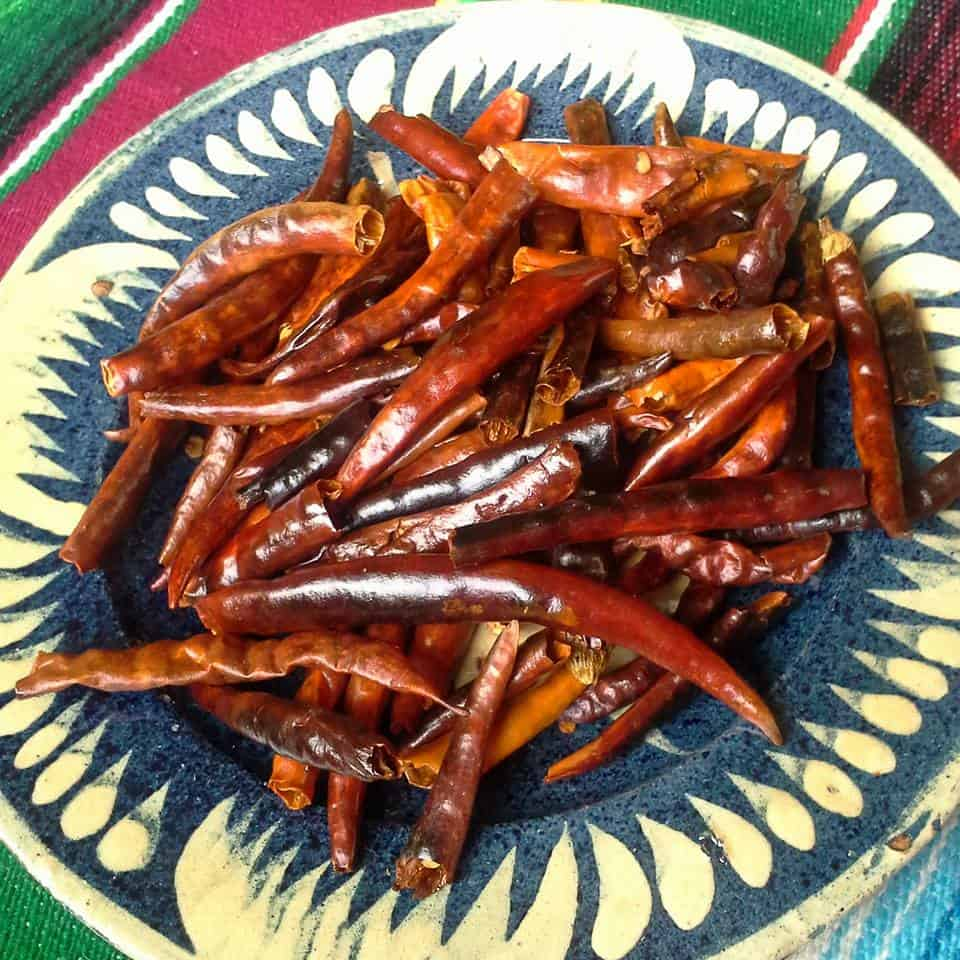 Toasting and Dry Roasting Salsa Ingredients-Chile de Arbol