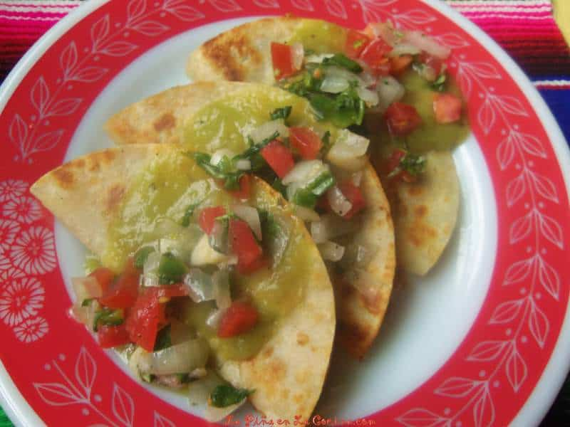 Crispy Chicken Tacos-Green Chile Sauce