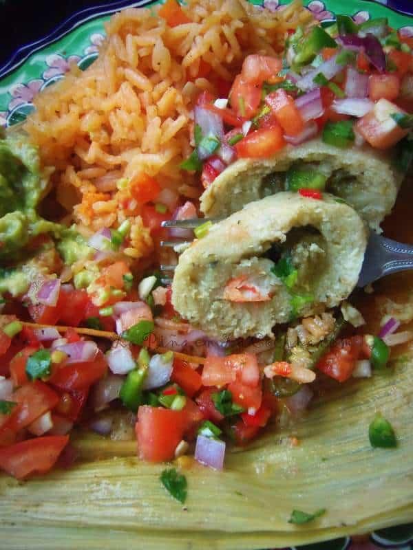 Tamal de Camaron Con Chile Verde-Shrimp Tamal with Green Chile