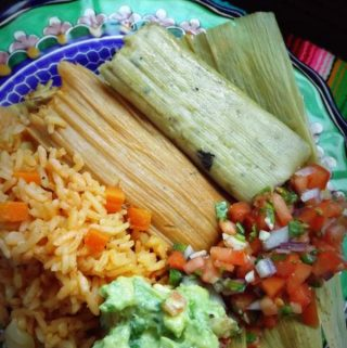 Tamal de Camaron Con Chile Verde ~Shrimp and Green Chile Tamal
