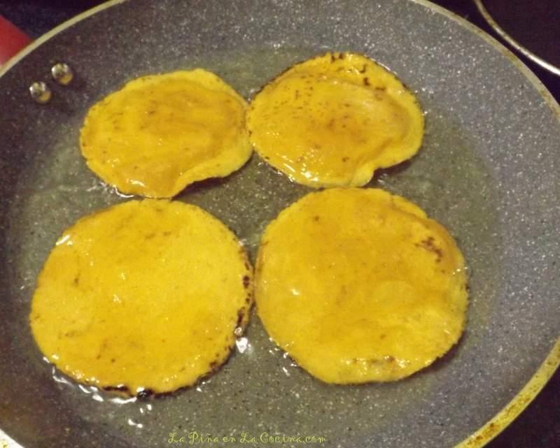 Chalupas de Pollo-Chicken Chalupas