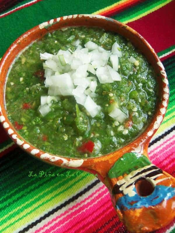 Salsa Cruda de Tomatillo-Fresh Tomatillo Salsa