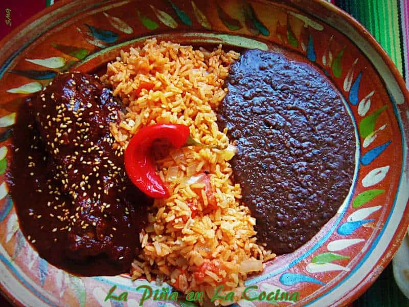 Mole de Pollo Mexicano-Chicken Mole