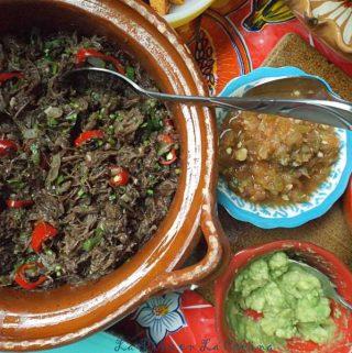 Slow Cooker Beef Barbacoa-Barbacoa de Res
