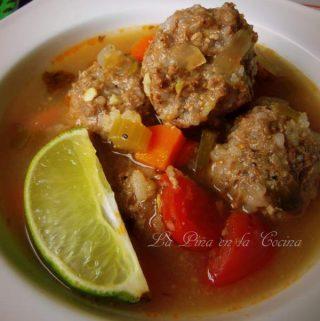 Caldo de Albondigas ~Mexican-Style Meatball Soup