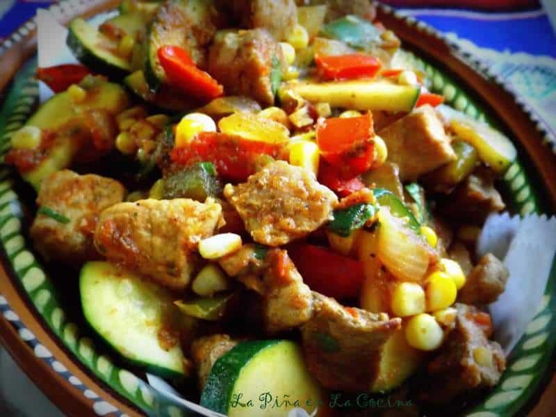 Carne de Puerco Con Calabacitas y Elote-Pork with Zucchini and Corn