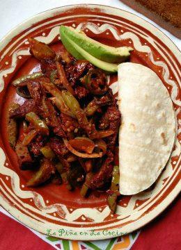 Carne Guisada Con Nopalaitos