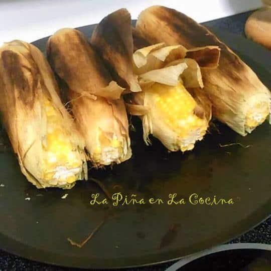 Elotes en El Comal-Easy Mexican-Style Corn