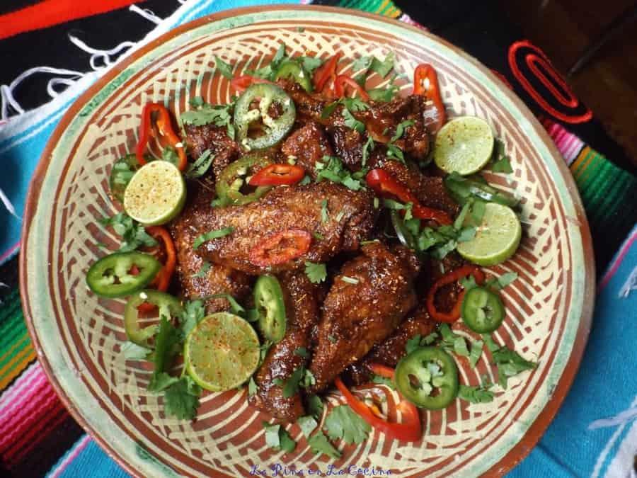 Alitas en Salsa de Tamarindo (Grilled Tamarind Chile Wings)
