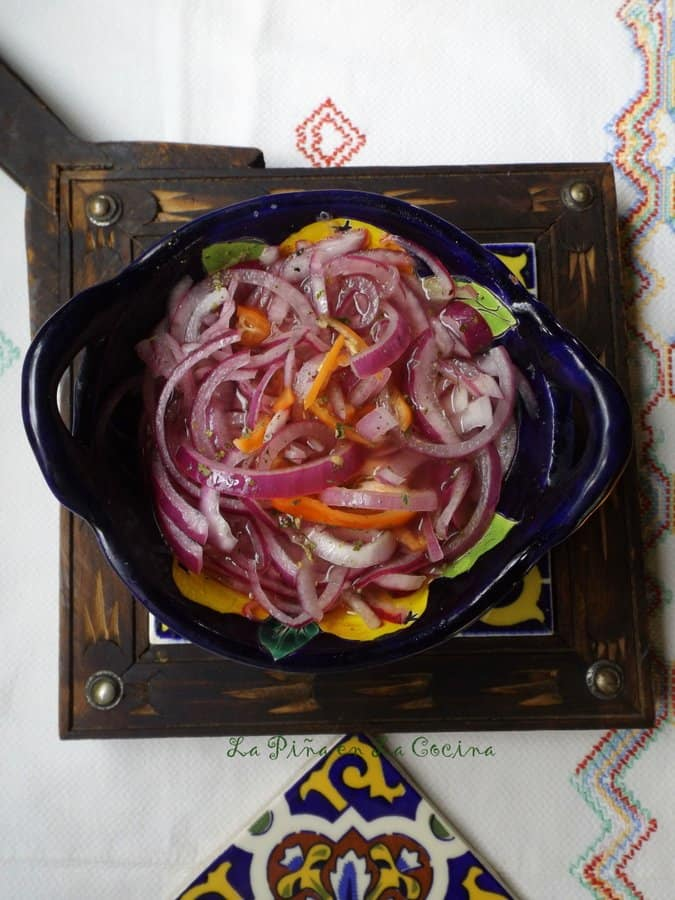 Pickled red Onions with Habanero