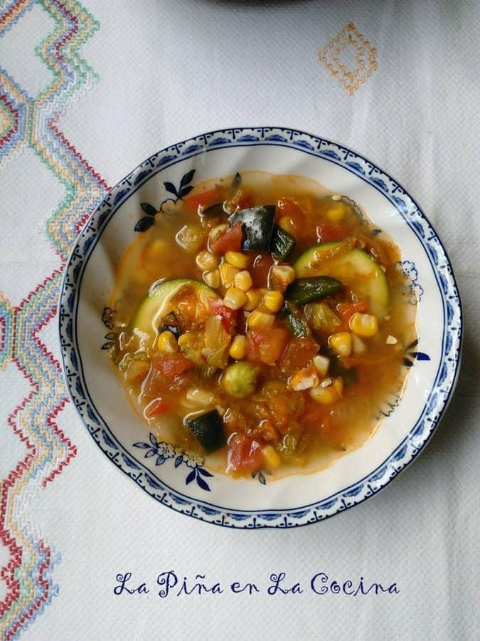 Sopa de Flor de Calabaza-Squash Blossom Soup
