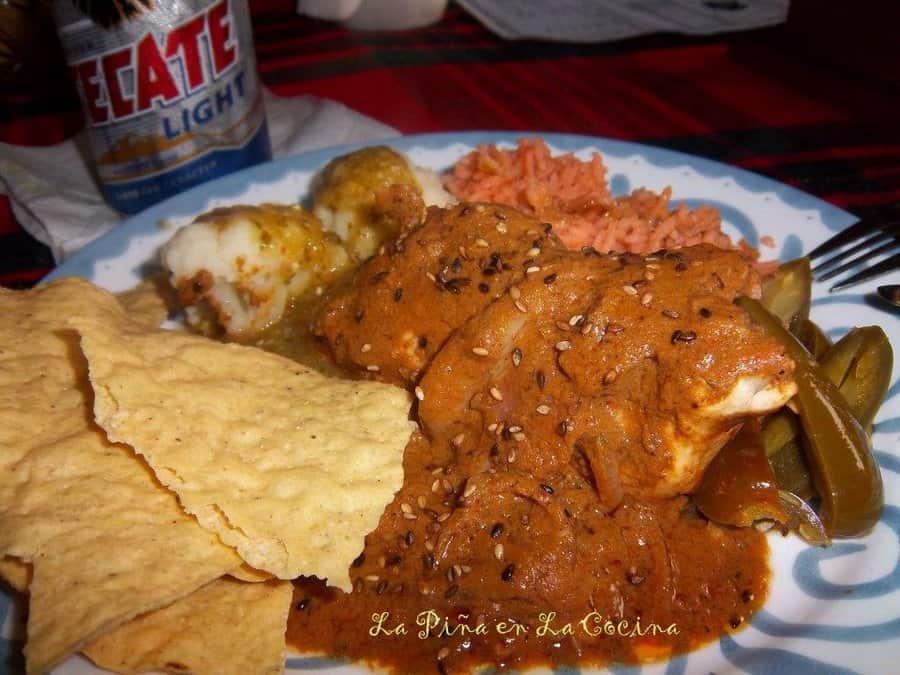 Pollo Almendrado-Chicken in a Chile Almond Sauce