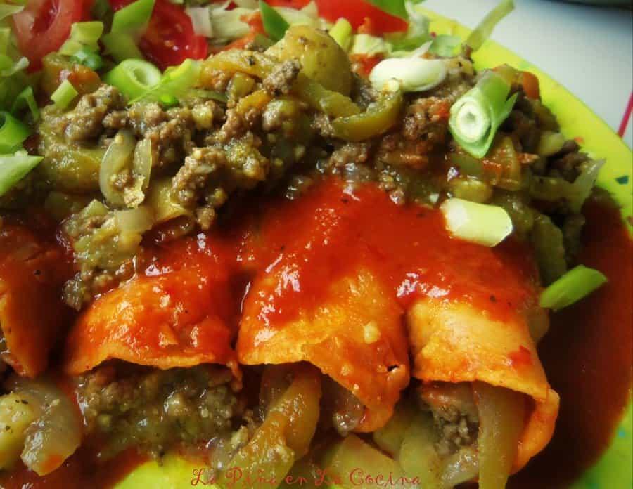 Enchiladas de Picadillo Con Chile Verde-Green Chile Beef Enchiladas