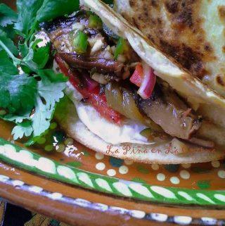 Mushroom Tacos!  Tacos de Champiñones