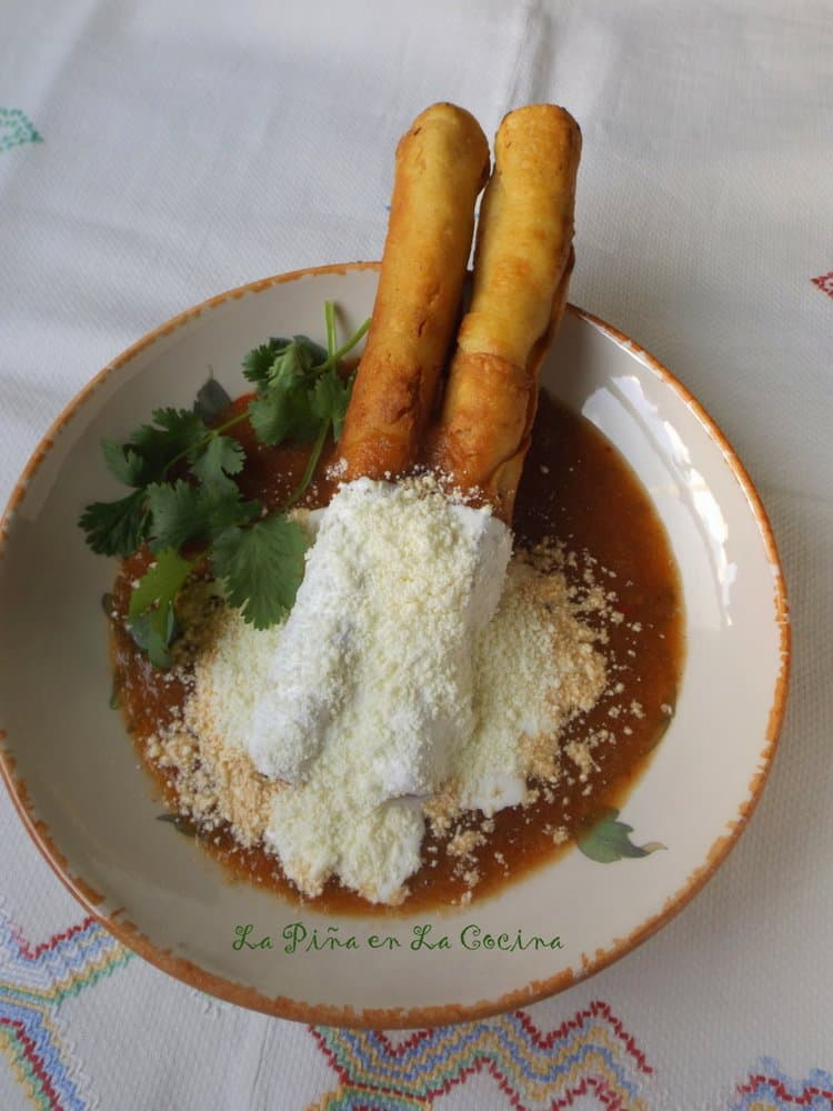Extra Long Chicken Flautas! Flautas de Pollo
