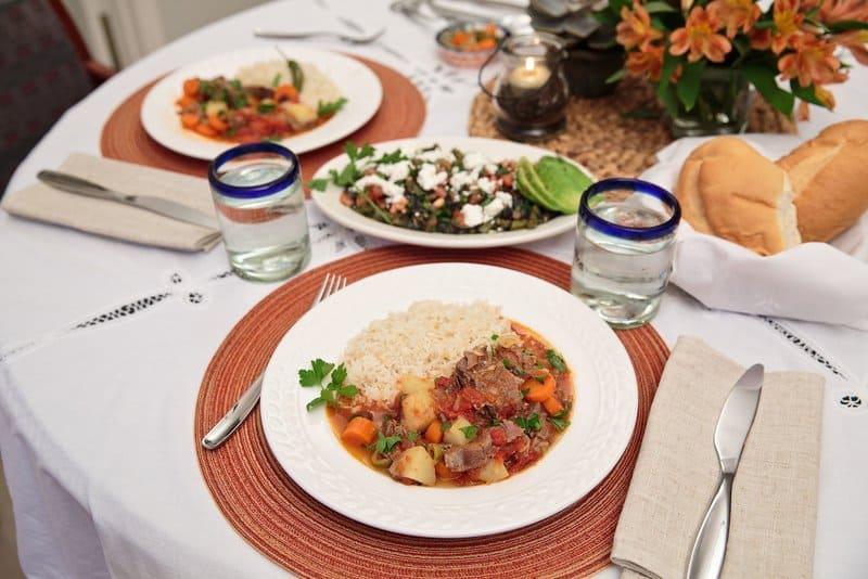 Amor, Amistad y Comida- Mexican Beef Stew #mexicoinmykitchen #rumbameats