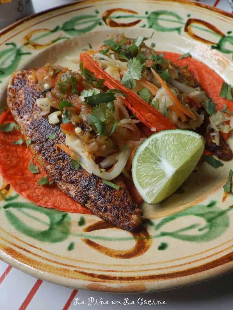 Two easy mexican fish recipes fresh salsa la pi a en la for Mexican fish dishes